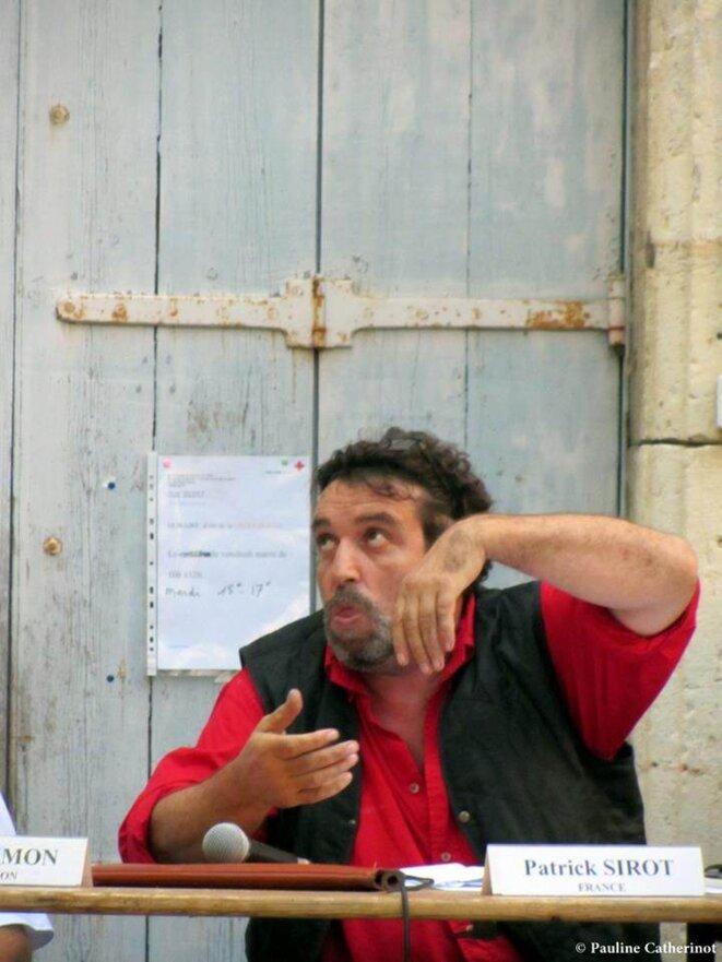 oraison simiesque ou bonobosienne oralité... ©  Pauline Catherinot