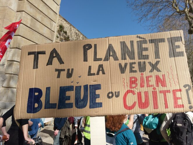 Marche pour le climat à Carcassonne