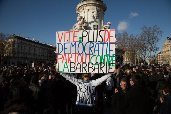 Ensemble à Paris ce dimanche