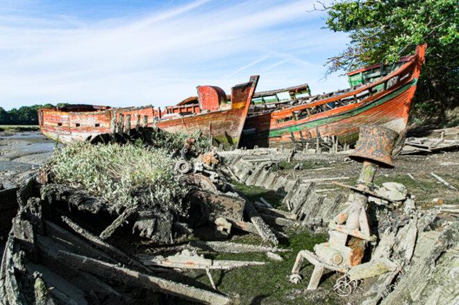 5 cimetières de bateaux