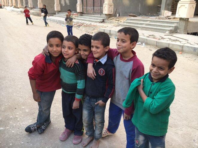 L'enfance, par Alek Mikaelian et Nour Abdel Wahab
