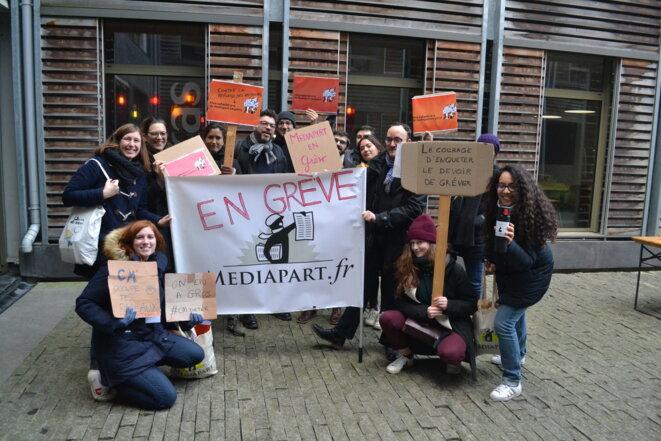 Des salarié·es de Mediapart en grève