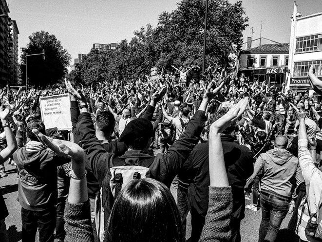 Toulouse: de joyeux samedis jaunes sous répression