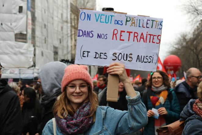 9 janvier à Paris: Manif sous la pluie contre une réforme qui prend l'eau