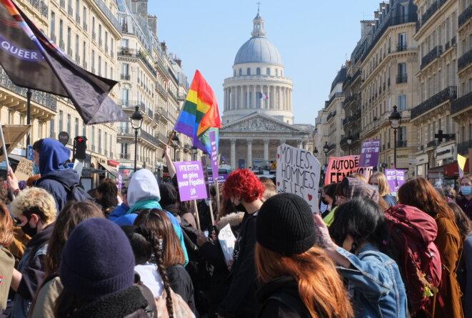 8 mars à Paris, grève féministe: «Fortes et fières»