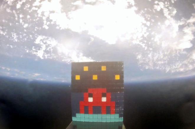 "Extrait du film ""Art 4 Space"" © Space Invader"