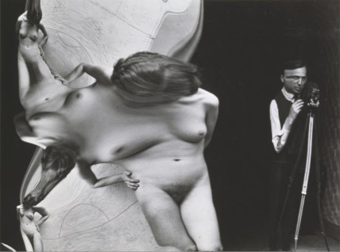Distorsion n°41 1933  [avec autoportrait d'André Kertész]  André Kertész Épreuve gélatino-argentique  Tirage tardif 18,5 x 24,7 cm