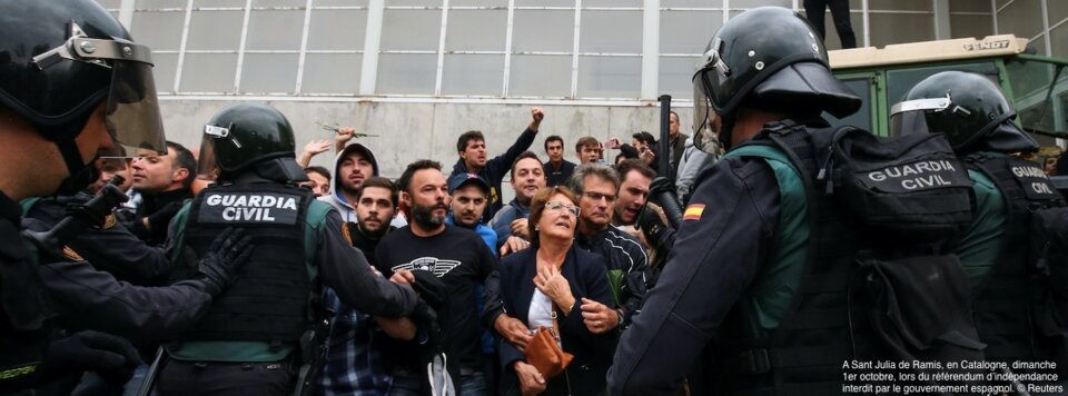 Violences à Barcelone, crise politique à Madrid