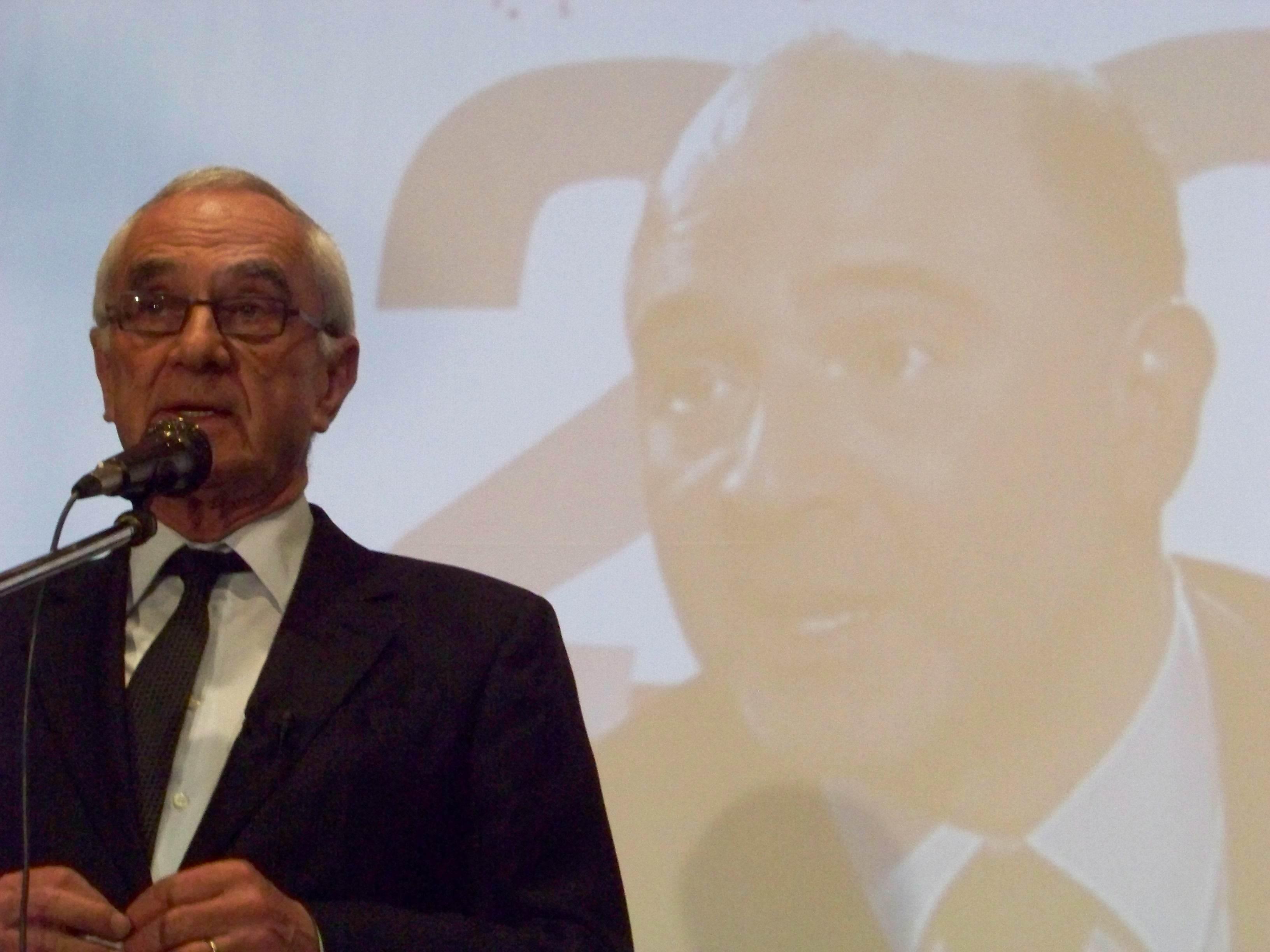 Martin Malvy fraîchement élu, remercie ses militants pour sa victoire. (Photo Enrique Moreira )