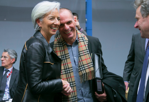 Christine Lagarde (FMI), Yanis Varoufakis, ministre des finances grec, et Poul Thomsen à droite, en février à Bruxelles.