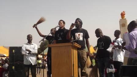 Les artistes Smockey et Sams'K La Jah très mobilisés ©Amidou Kabré