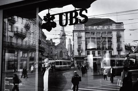 Mark_Henley_UBS.jpg
