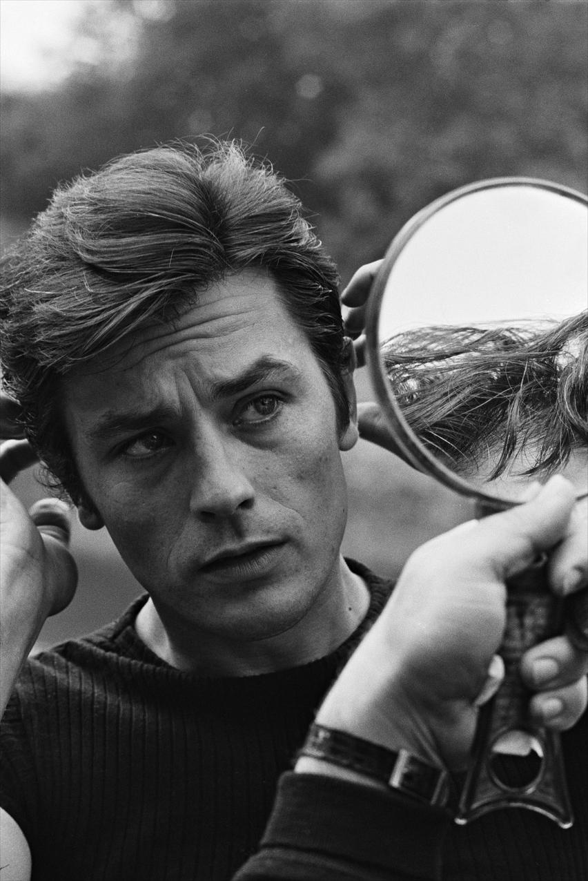 La beauté d'Alain Delon ou la tragique colère des hommes ...