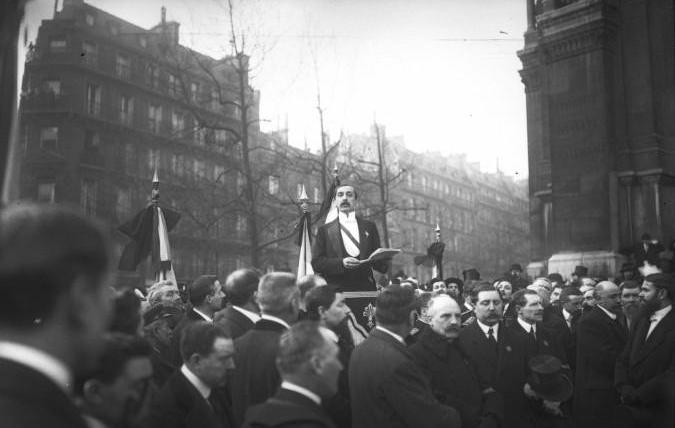 Maurice Barrès aux obsèques de Paul Déroulède, le 3 février 1914