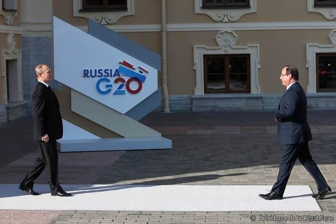 François Hollande accueilli par Vladimir Poutine au sommet du G20