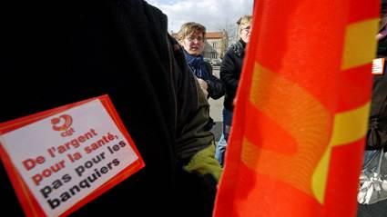 Manifestation des personnels de santé dans la Loire à StJust-St Rambert