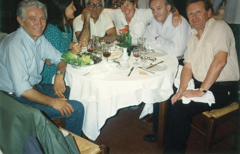 Mon père, ma mère Nicole, Otelo de Carvalho, une femme dont j'ignore l'identité, puis Jack Ralite et Gilles Perrault.