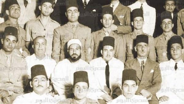 Hassan Al-Banna et la jeunesse (1/4) dans Actualites 1-_hassan_al_banna_et_la_jeunesse.png