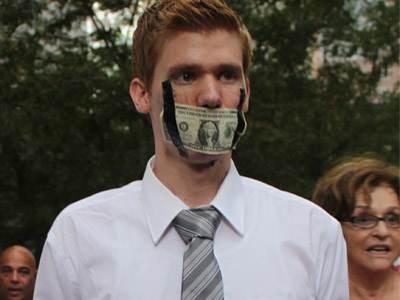 """«L'image de mecs blancs, d'âge moyen, en costume... peut-être l'image la plus spectaculaire d'""""Occupy"""".»"""