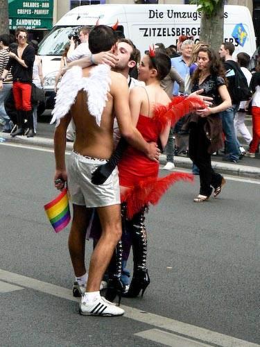 Gay_pride_2008-5.jpg