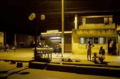Scène de rue à Yopougon, Abidjan Copyright Jean-Francois Rollinger / ANA